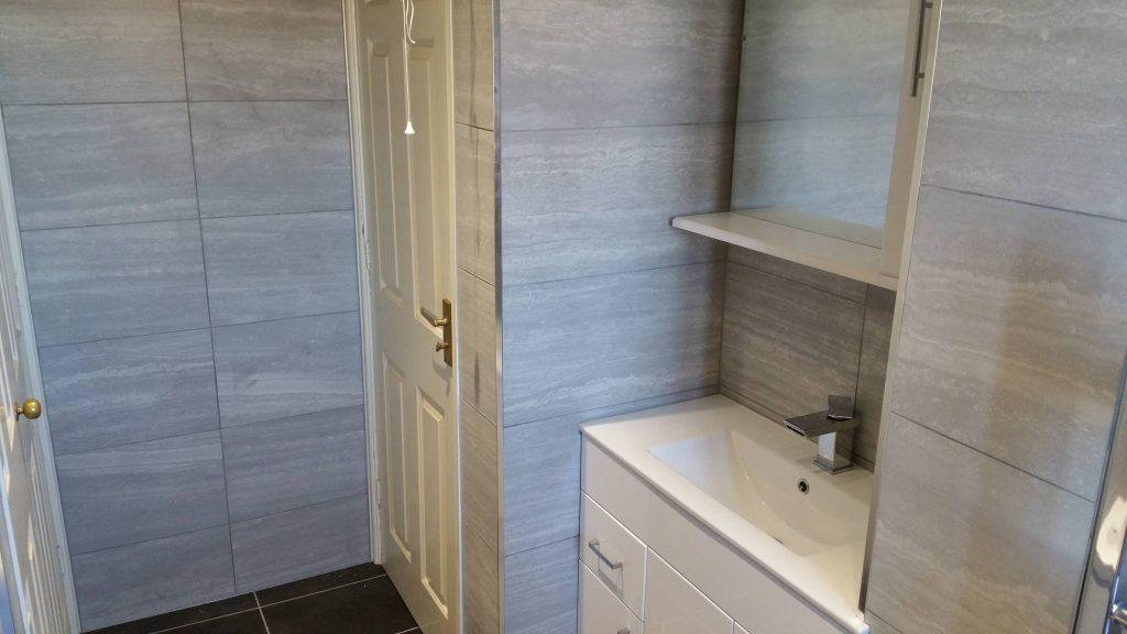 20160922 113752 1024x576 - Bathroom and En Suite in Holystone
